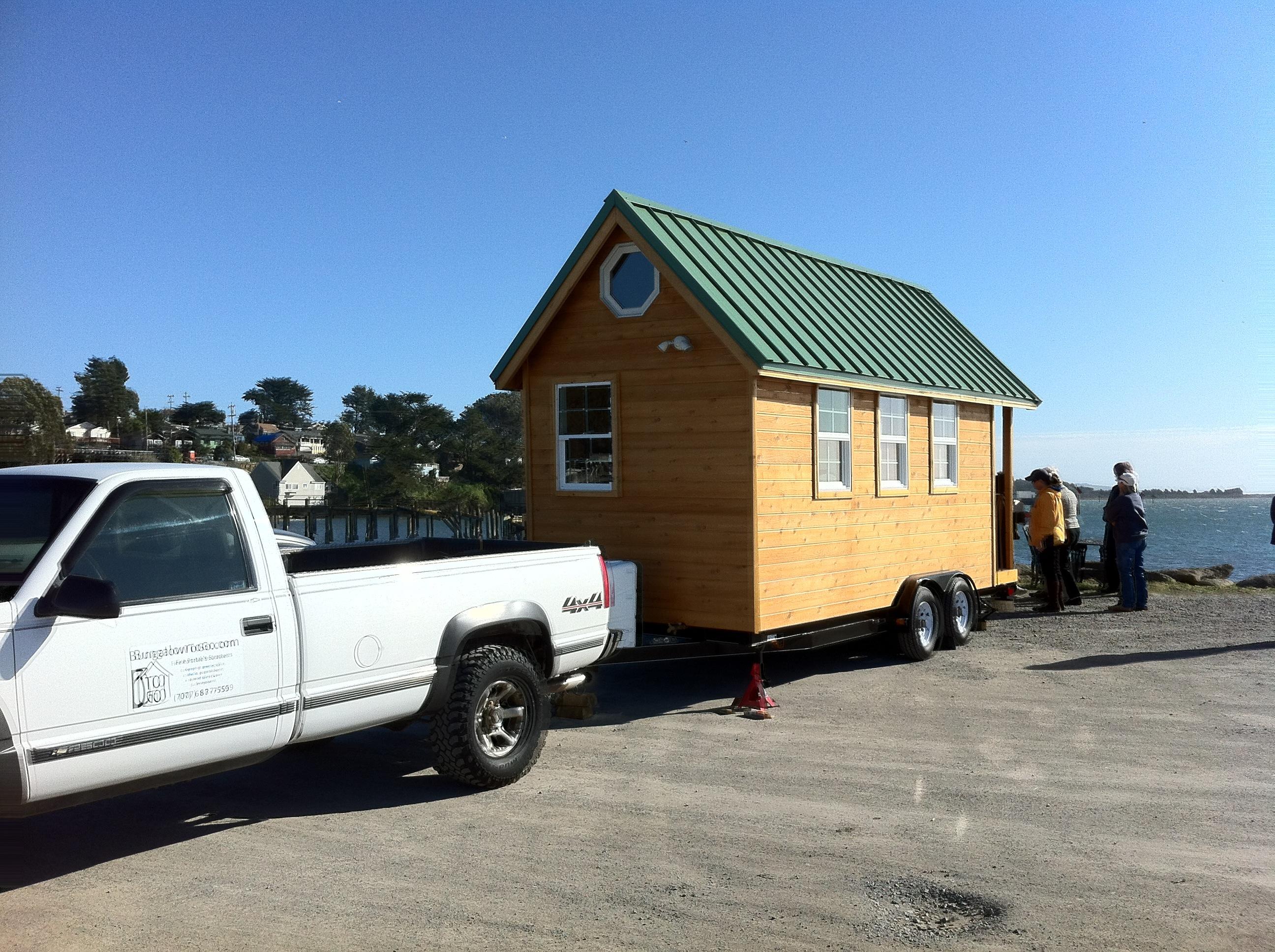 trailer-home-pickup-track